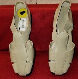 Covington Shoes - Covington Women's Sandals Size 6.5M